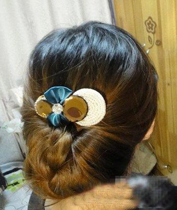 时尚简单的学生盘发发型 日本学生漂亮发型最简单的盘发步骤方法