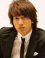 男发型长发和短发哪个好 男人时尚长头发型图片