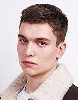 27岁的男人留什么发型好看 27岁左右男士简约发型图片