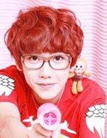 男生非主流葡萄红色发型 非主流男生红色发型图片