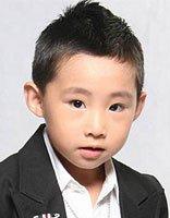 两岁小男孩适合什么样的发型 2岁的男孩发型图片