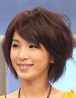 纹理发型怎么烫好看 女生纹理短发发型图片