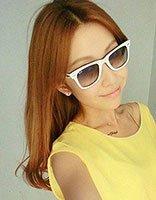 戴眼镜大脸适合什么可爱发型 适合大脸眼镜妹的发型图
