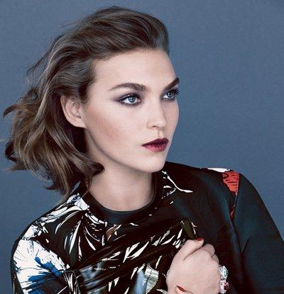中年女发型短发头发少 中年妇女短发型图片