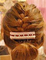 女生直短发自己怎么弄 直发短发基础编法