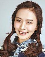韩版女生麻花辫发型扎法 韩式麻花辫发型编法