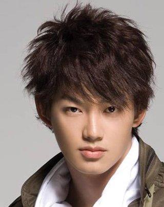 行的适合16岁男孩发型 男生时尚子弹头发型图片[男生短发]-90后男孩图片