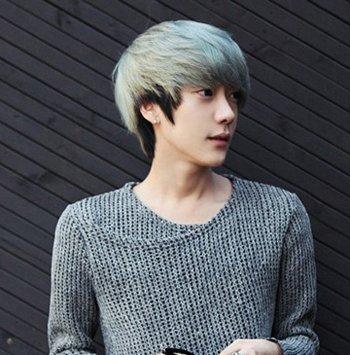 男生冬天头发适合上什么颜色 男生染头发颜色种类图片