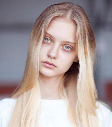 脸宽头发染什么颜色最显皮肤白 显皮肤白的染色发型