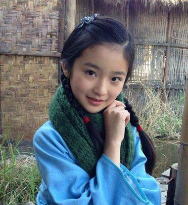 小女孩扎辫子发型大全 小孩扎辫子的发型图片