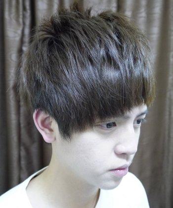 纹理发型做完不会吹怎么办 自己吹纹理头发的方法