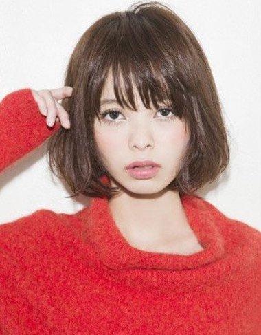 适合大脸的短发发型图片 大脸额头短适合的发型
