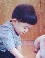 2岁小男孩时尚发型图片 2岁男童短发发型