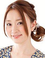 日式蓬松丸子头扎法图解 自己日常扎丸子头方法
