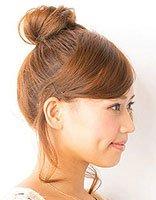 扎丸子头后头发容易梳直吗 斜刘海短发直发扎丸子头步骤