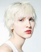 方脸头发少的人适合短发吗 方脸头发少短发发型