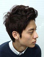 男生打理纹理烫发型步骤详解图 纹理烫发型打理图解