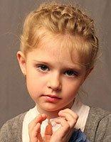 小女孩蝎子辫如何� 小女孩蝎子辫的编法