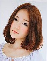 脸大适合烫发还是直发 脸大的女生烫发发型