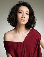 长脸型适合烫什么样的发型 今年长脸女生流行的中长烫发发型
