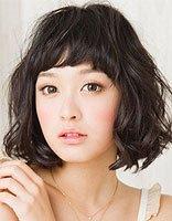 女孩子脸比较短要剪什么发型 找脸型适合的发型