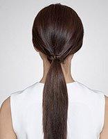 高中女生直板头发怎样扎好看 高中生直发捆头发漂亮扎法