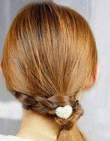 中长直发发型扎法图解 直长发简单发型扎法