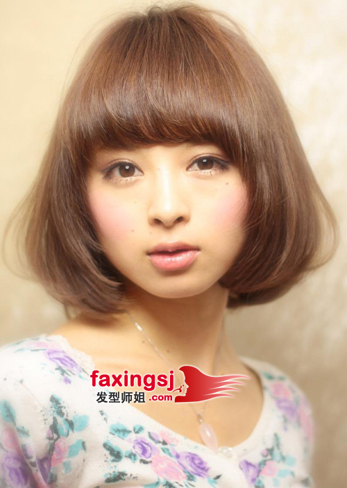 齐刘海淑女梨花头发型图片