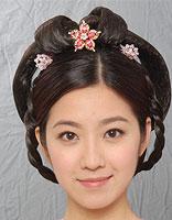 复古风古典盘发小脸美女盘点  那些电视剧中常见的盘发造型