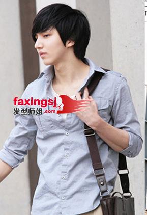 几款流行的日韩男生长发发型