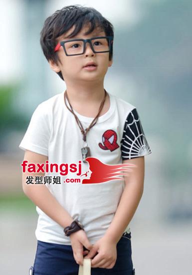 可爱小男生短发发型图片(2)