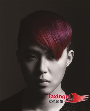 男生发型 >> 尖端时尚男生沙宣发型图片(2)  2013-02-24来源:发型师姐图片