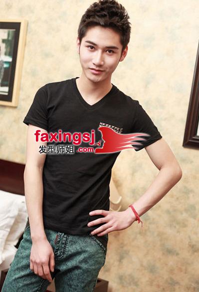 青春时尚的男学生发型(2)_发型师姐