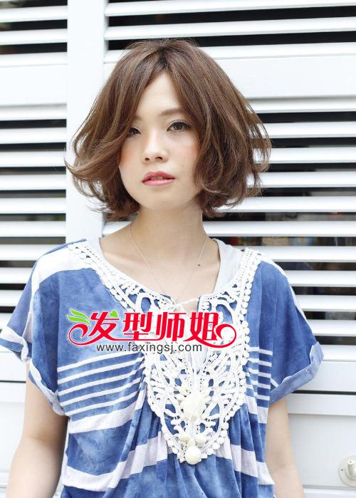 小脸女生短发烫发发型设计 短发为你示范靓丽青春(3)图片