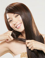 年轻女性为什么脱发 年轻女性脱发怎么治