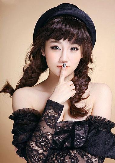 百变帽子发型最讨喜 帽子与发型巧搭配优雅又减龄