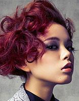 冬季红色系染发发型 营造魅力hot气质