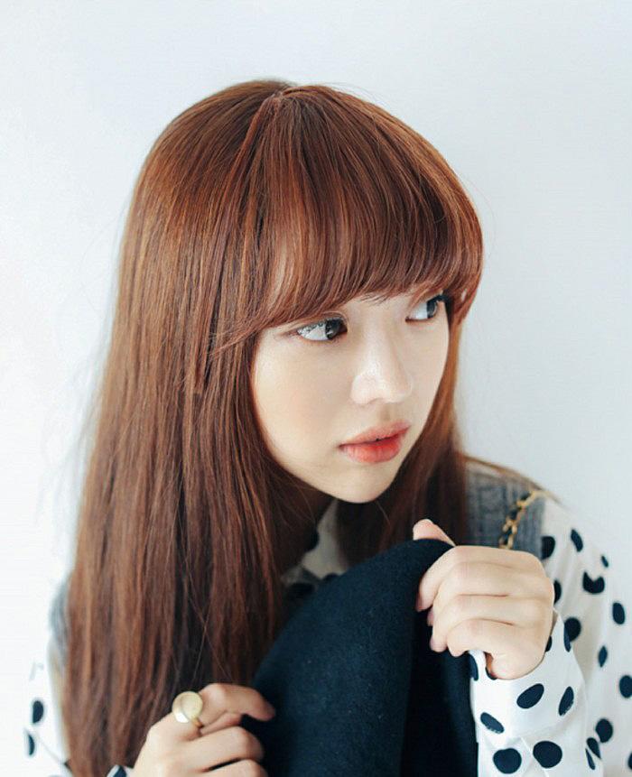 椭圆脸时尚染发发型 棕色系染发显甜美