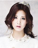 韩系蓬松感卷发发型 浪漫气质佳人有约