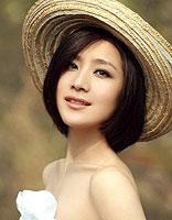 清甜修颜美女齐脖短发 打造优雅高贵气质