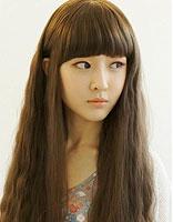 小脸修颜发型扮萝莉 简单清新发型有韵味
