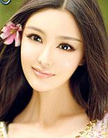 2015最新鸭蛋脸发型 引领新春顶尖发型时尚