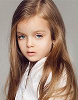 2015欧美儿童发型最新LOOK 气质女神范儿要从小塑造