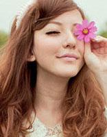 美少女梨花头盛典 齐肩卷发打造完美弧度