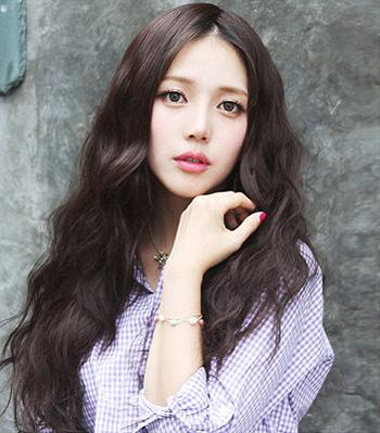 2015韩式小卷发发型 韩式齐刘海卷发发型