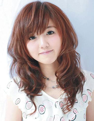 日本女生怎么做烫发 日本女生烫发样式