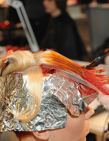 头发稀薄如何做?了解发少原因正确护发