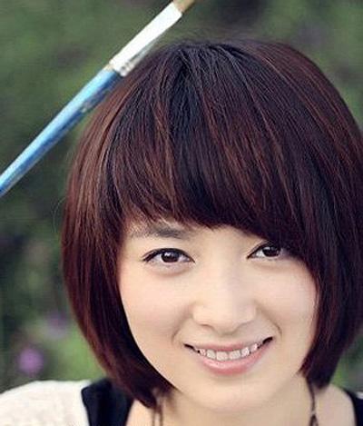波波头发型女中学生 烫波波头发型图片