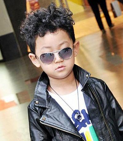 流行儿童发型短发 儿童发型蘑菇头图片