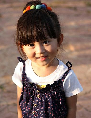 小孩盘发怎么做 小女孩韩式包包头